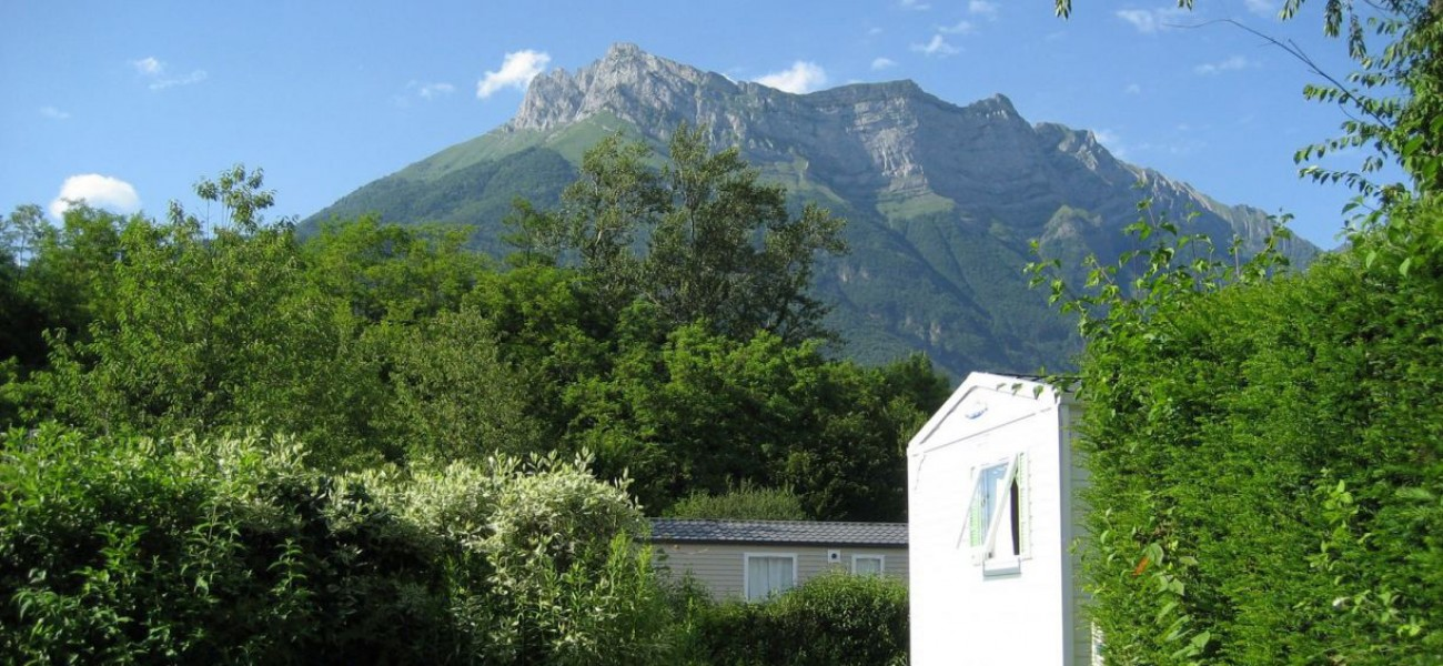 campsite in Savoie at the foot of the Arclusaz - Camping in the Alps with Mobilhomes