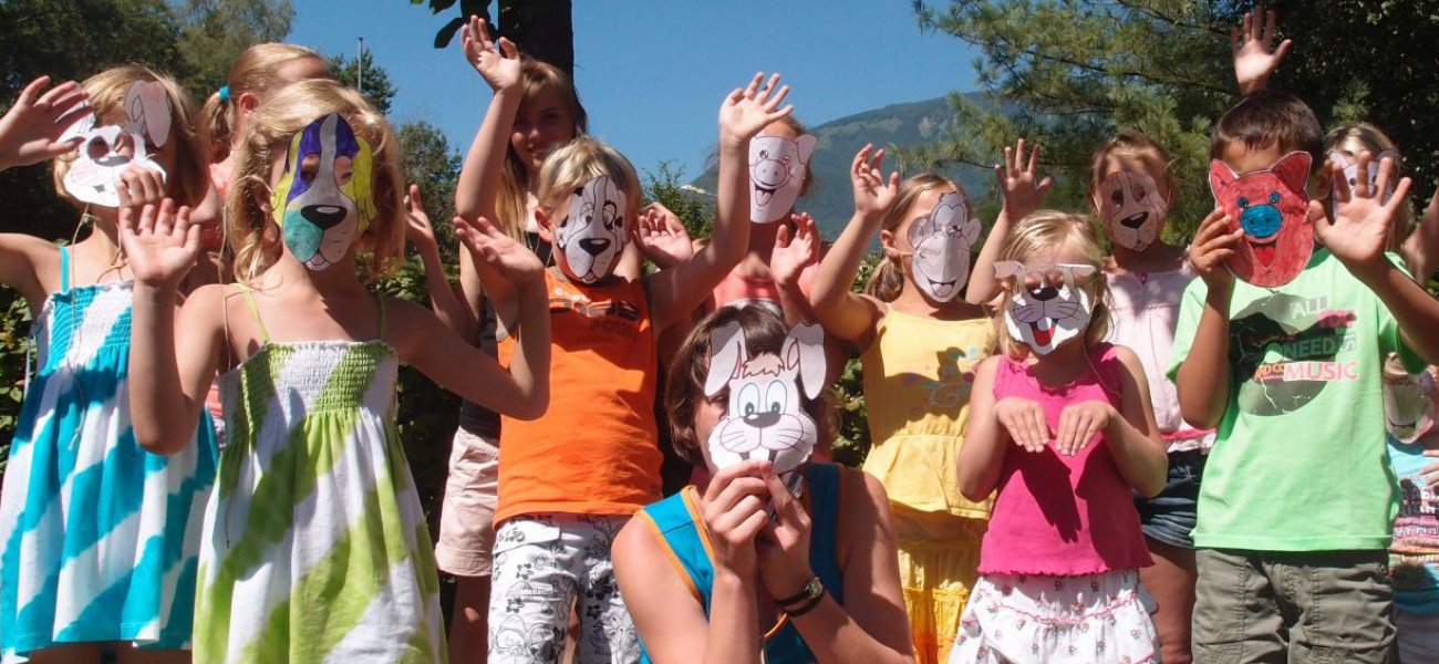 Camping in Savoie - Mini-Club masks